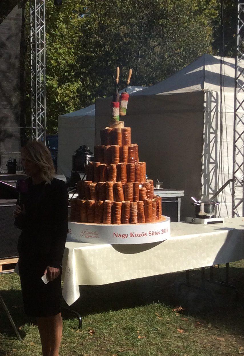 Kürtőskalács torony